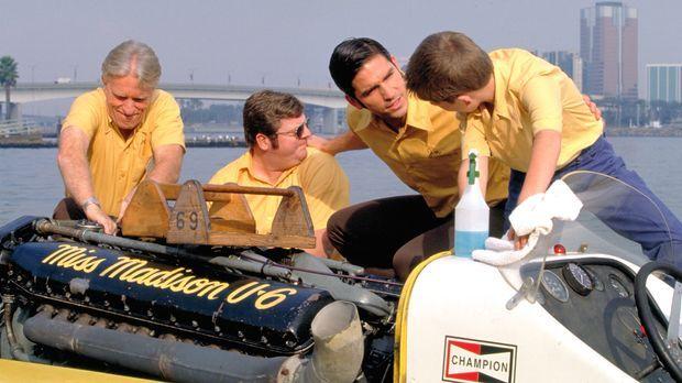 Tony Steinhardt (Brent Briscoe, l.), Bobby Humphrey (Frank Knapp, 2.v.l.), Ji...