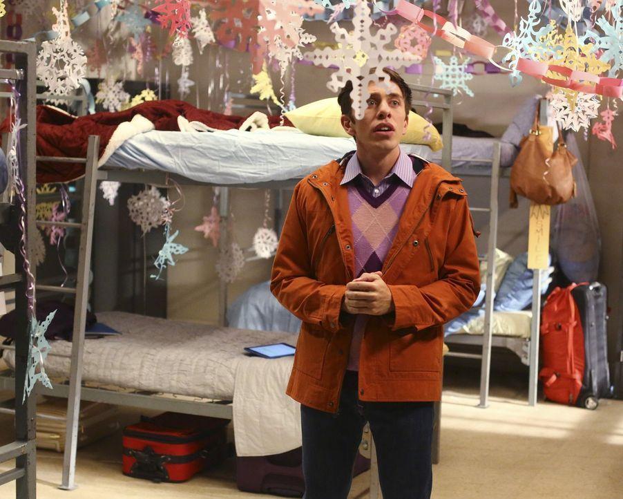 Stattet Sue im Collage einen Überraschungsbesuch ab: Brad (Brock Ciarlelli) ... - Bildquelle: Warner Bros.
