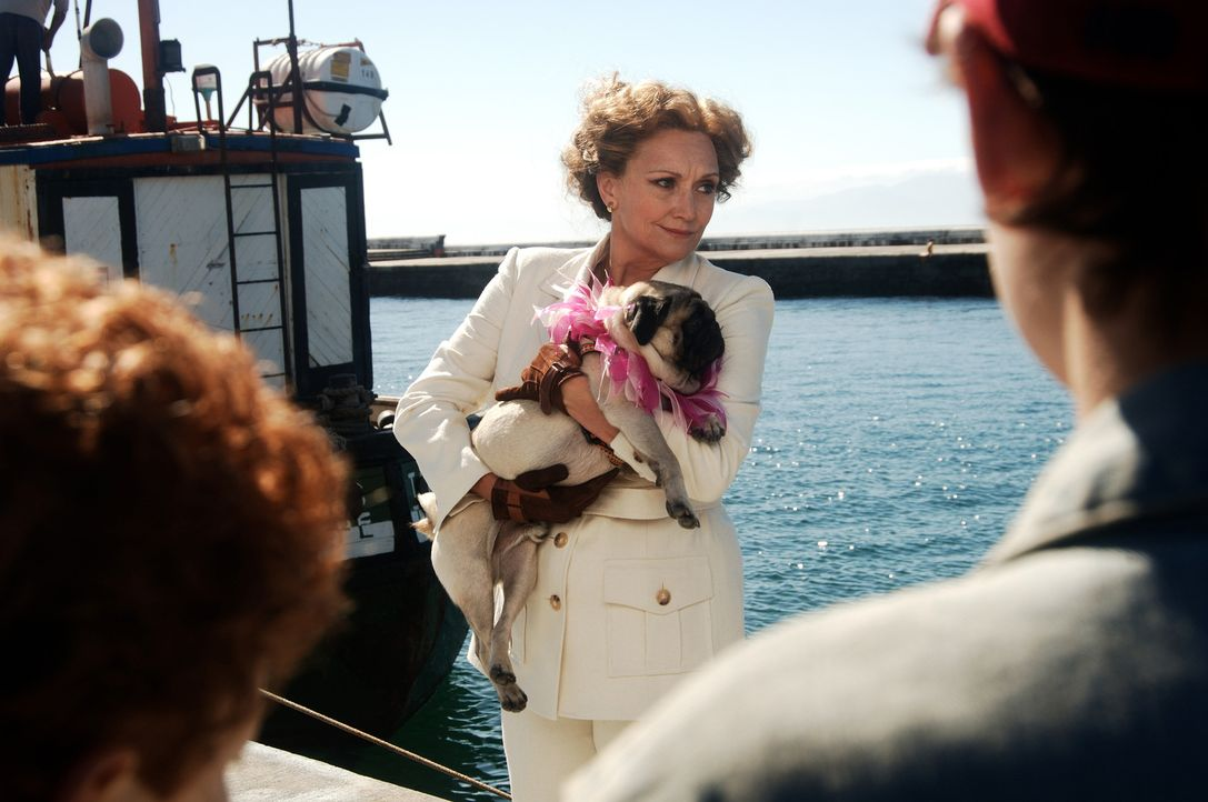 Die reiche Erbin Mrs. Wilbur (Fiona Ramsey) will auf einer Geisterinsel einen Vergnügungspark eröffnen. Peters Vater soll ihr dabei helfen ... - Bildquelle: Buena Vista Pictures