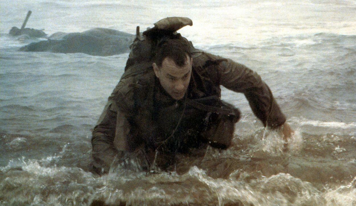 6. Juni 1944. Captain John Miller (Tom Hanks) wird mitten in die Schlacht geschickt, die an der französischen Normandieküste Mitte 1944 tobt. Sein... - Bildquelle: United International Pictures