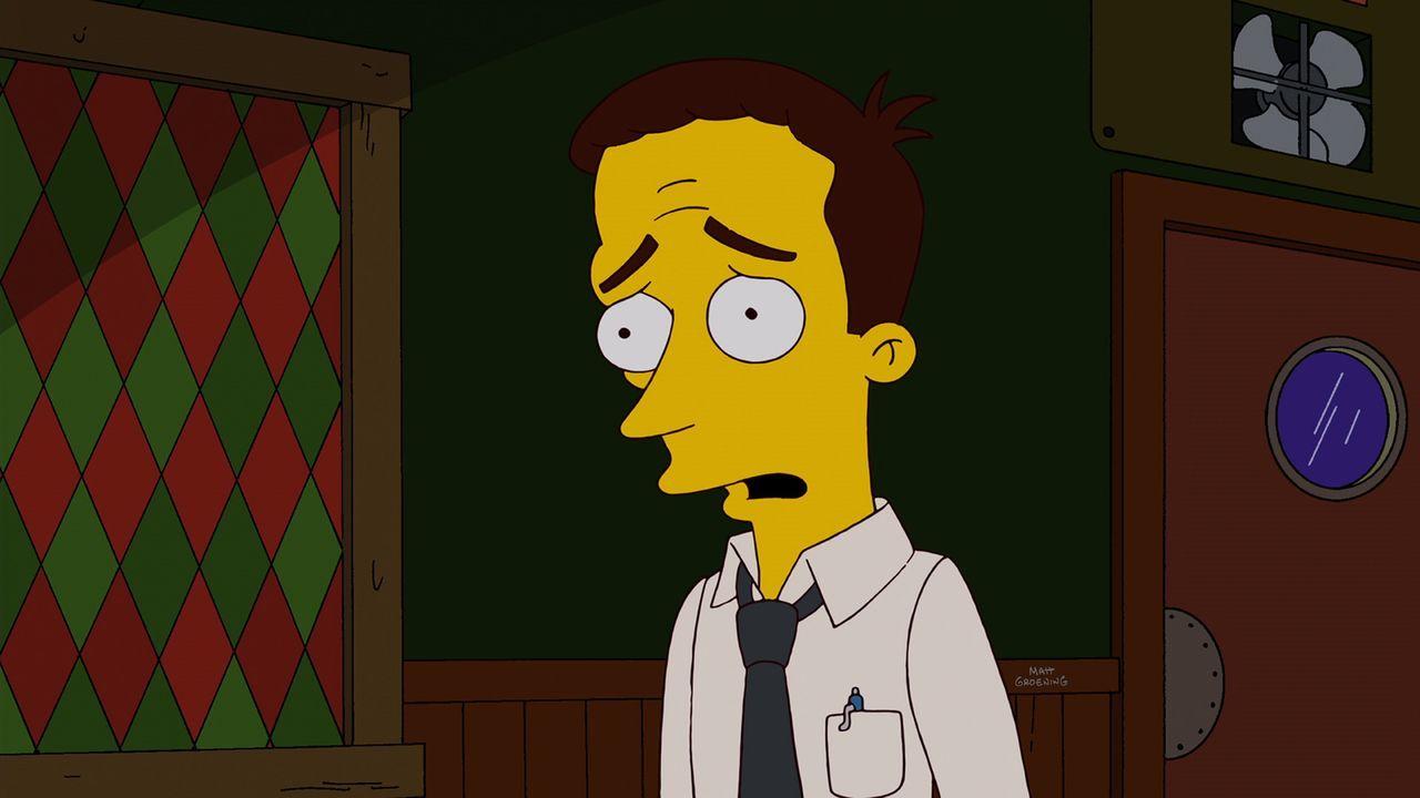 Homer, Moe und Apu haben einen neuen Bowlingkumpel namens Dan, einen etwas unscheinbaren Buchhalter. Was die Freunde nicht ahnen: Dan arbeitet bei d... - Bildquelle: und TM Twentieth Century Fox Film Corporation - Alle Rechte vorbehalten