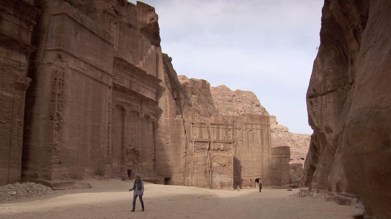 Welche Schätze liegen in der antiken Felsenstadt Petra in Jordanien noch versteckt? Denn weniger als 20 Prozent des Geländes wurde bisher von Archäo... - Bildquelle: Like A Shot Entertainment
