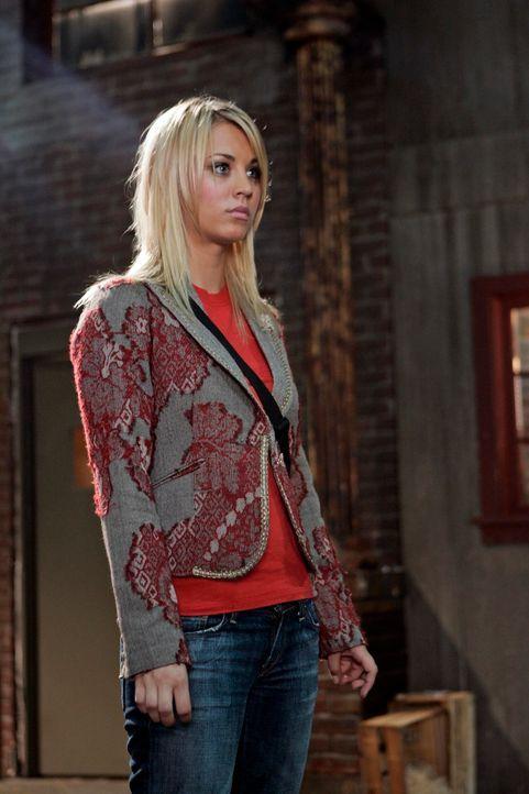 Billie (Kaley Cuoco) ist fleißig auf Dämonenjagd, doch an Dogon muss sie erkennen, dass sie es nicht schafft ... - Bildquelle: Paramount Pictures