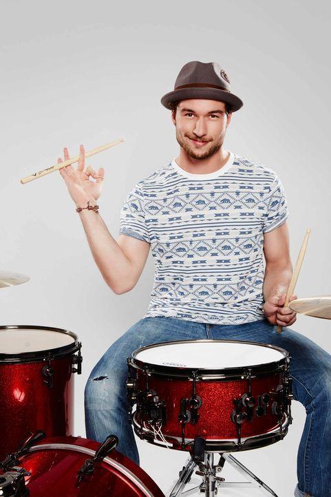 Die-Band-Drummer-Julian-03-ProSieben-Richard-Huebner - Bildquelle: ProSieben/Richard Hübner