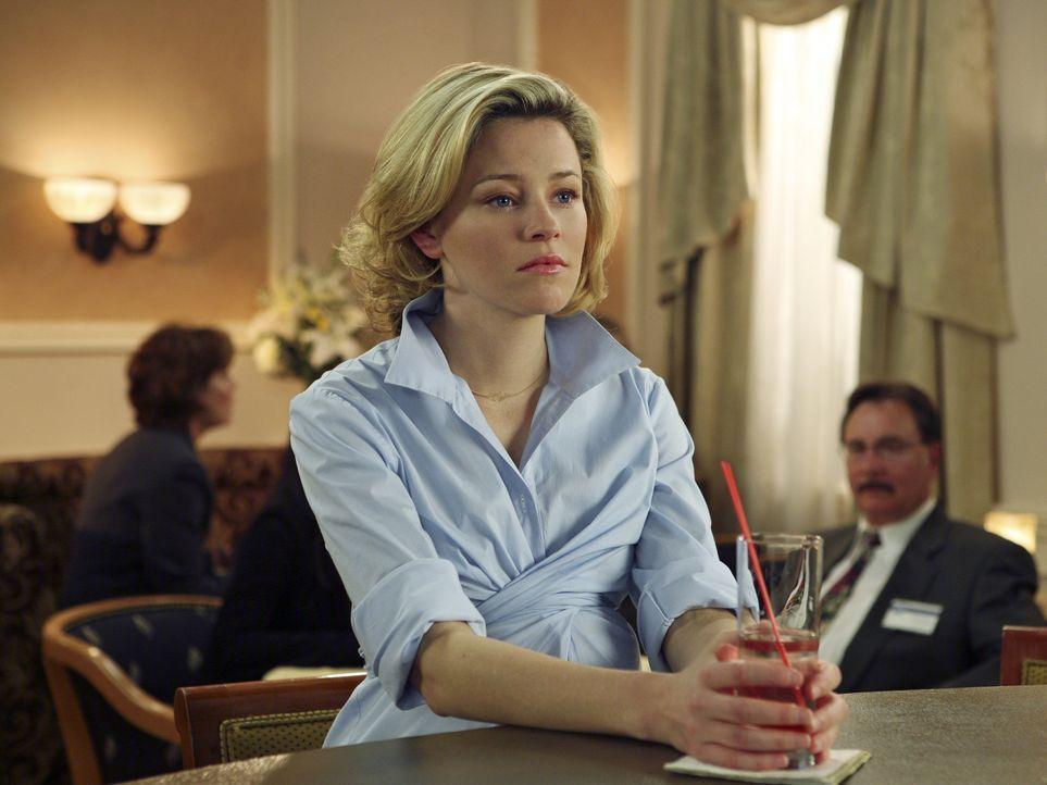 Auf einer Chirurgen-Tagung in Phoenix trifft J. D. seine Ex-Freundin Kim (Elizabeth Banks). Zu seiner Verwunderung ist sie, entgegen ihrer früheren... - Bildquelle: Touchstone Television