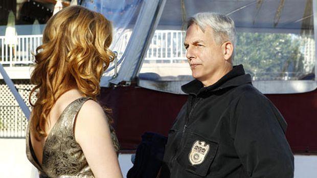Navy CIS - Special Agent Abigail Borin (Diane Neal) und Gibbs (Mark Harmon),...