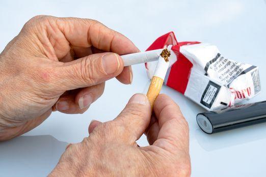 non-smoking-2367409_1920