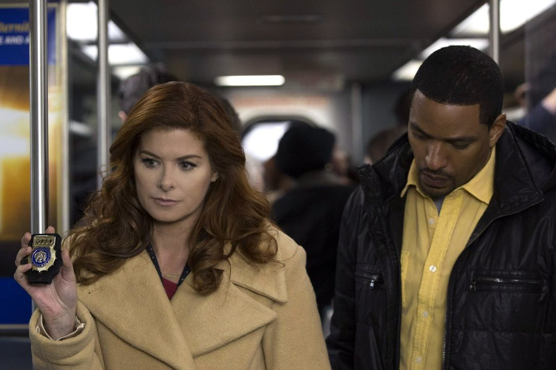 Ein neuer Mordfall wartet auf Laura (Debra Messing, l.) und Billy (Laz Alonso, r.) ... - Bildquelle: Warner Bros. Entertainment, Inc.