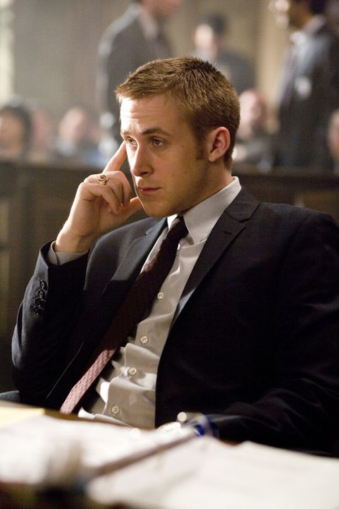 Der neue Fall scheint sonnenklar zu sein, und der ehrgeizige junge Staatsanwaltsgehilfe Willy Beachum (Ryan Gosling) ist seiner Sache nur allzu sich... - Bildquelle: Warner Brothers