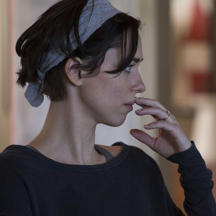 Robyn (Rebecca Hall) ist sich langsam nicht mehr sicher, ob sie paranoid wird oder der ehemalige Schulfreund ihres Mannes sie wirklich verfolgt. Ver... - Bildquelle: Matt Kennedy 2015 STX Productions, LLC. All rights reserved.