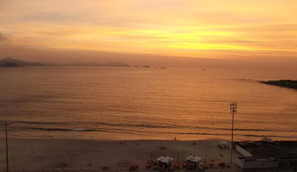 Die Copacabana bei Sonnanaufgang - Bildquelle: kabel eins