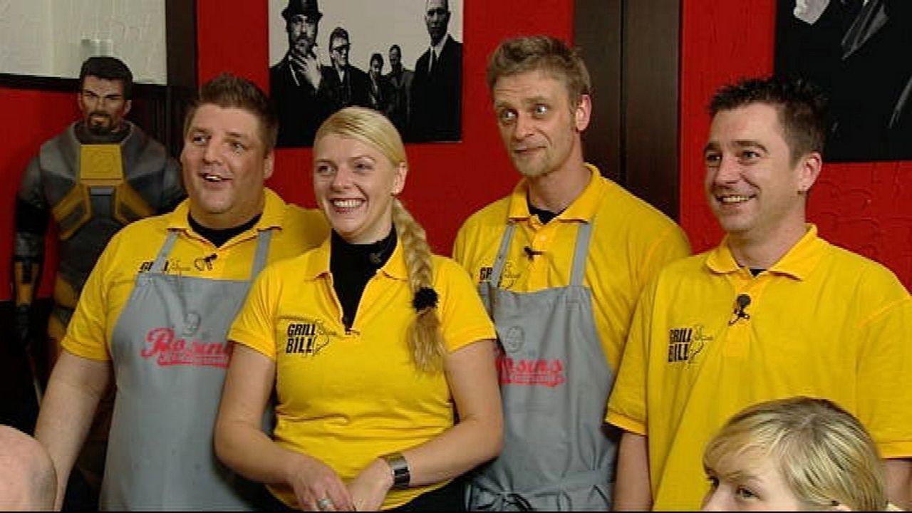 """Das Team des """"Grill Bill"""" (v.l.n.r.): Chef Heiko Schlingermann, Anja Rinne, Angestellter Mark """"Magge"""" Poll und Serviceaushilfe Thomas """"Tommi"""" Köthe. - Bildquelle: kabel eins"""