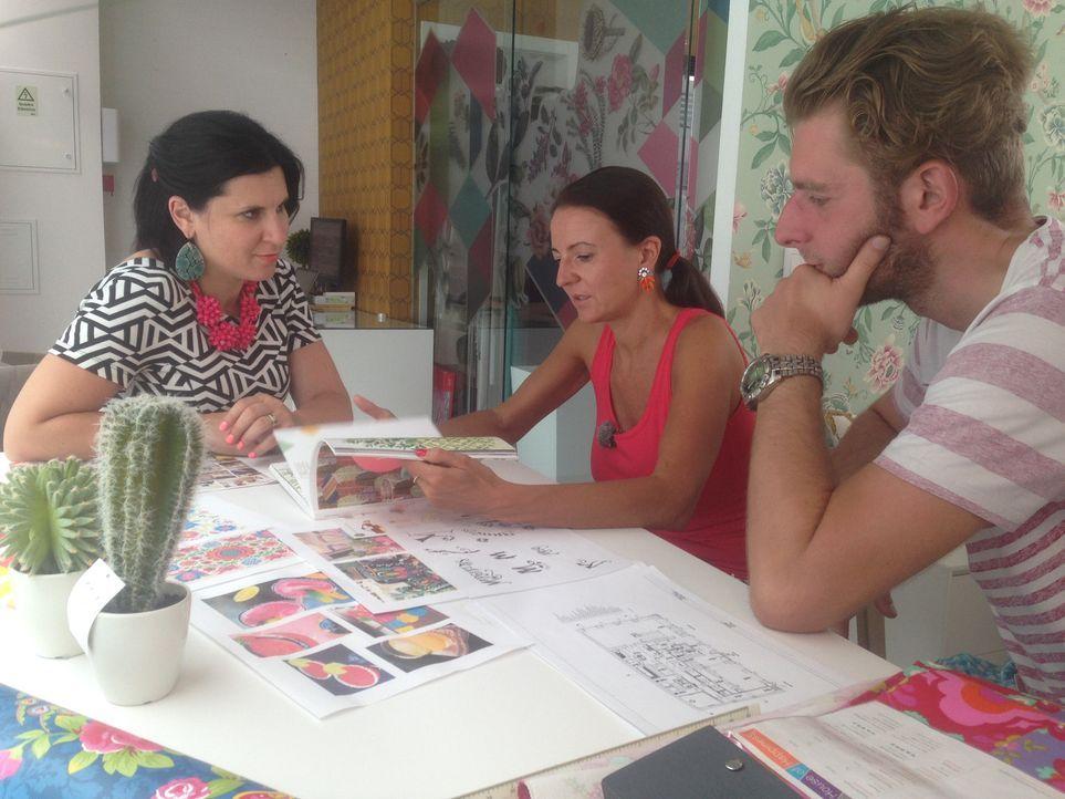 Werden Ana Sofia (M.) und Ronny (r.) es schaffen, die Jury von ihrer Business-Idee zu überzeugen? - Bildquelle: kabel eins