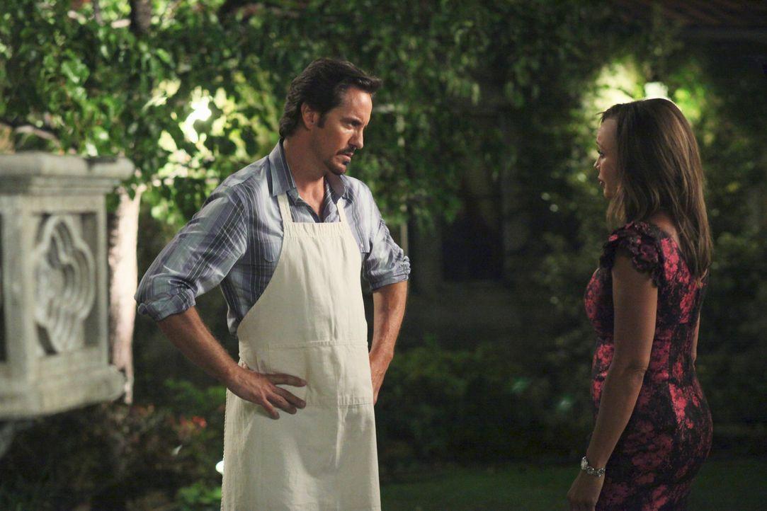 Gaby setzt alle Hebel in Bewegung, damit sich Carlos besser fühlt, während Renee (Vanessa Williams, r.) alles versucht, um bei Ben (Charles Mesure,... - Bildquelle: ABC Studios
