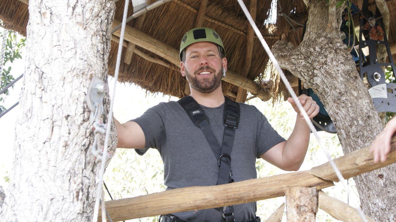 Bert Kreischer - Bildquelle: 2011, The Travel Channel, L.L.C.