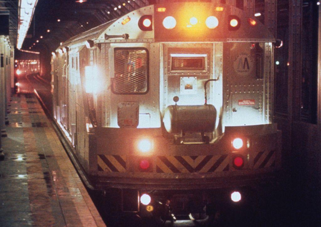 Der Geldzug unterwegs. Mit an Bord jede Menge Kleingeld ... - Bildquelle: Columbia Tristar