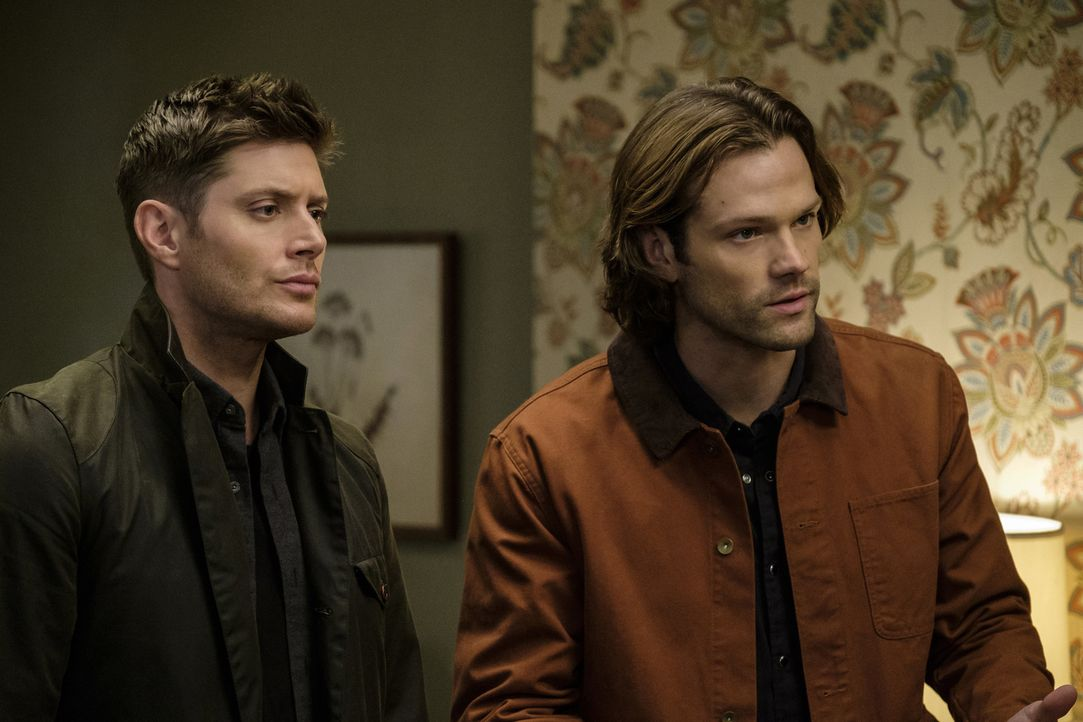 Dean (Jensen Ackles, l.); Sam (Jared Padalecki, r.) - Bildquelle: Robert Falconer 2016 The CW Network, LLC. All Rights Reserved/Robert Falconer