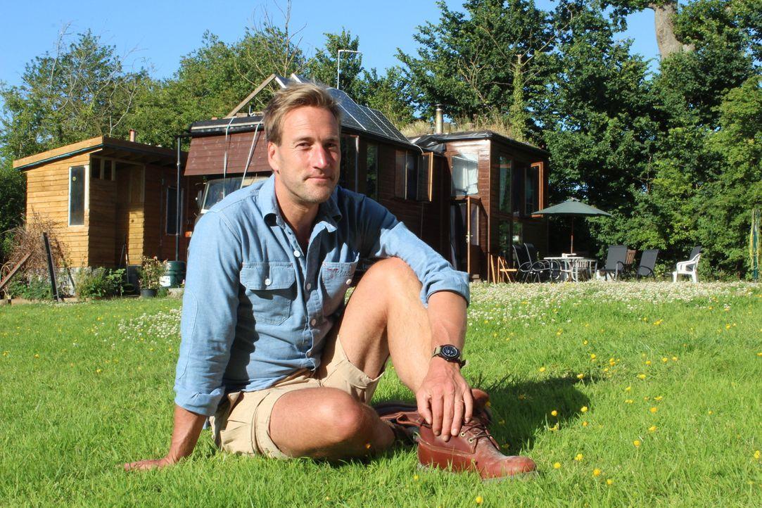 Ben Fogle (Foto) besucht im südenglischen Devon, Familie Mason, die dem Leben in der Stadt den Rücken zukehrte, um ihren Kindern eine Perspektive un... - Bildquelle: Alice Wylie 2015 BBC / Renegade Pictures