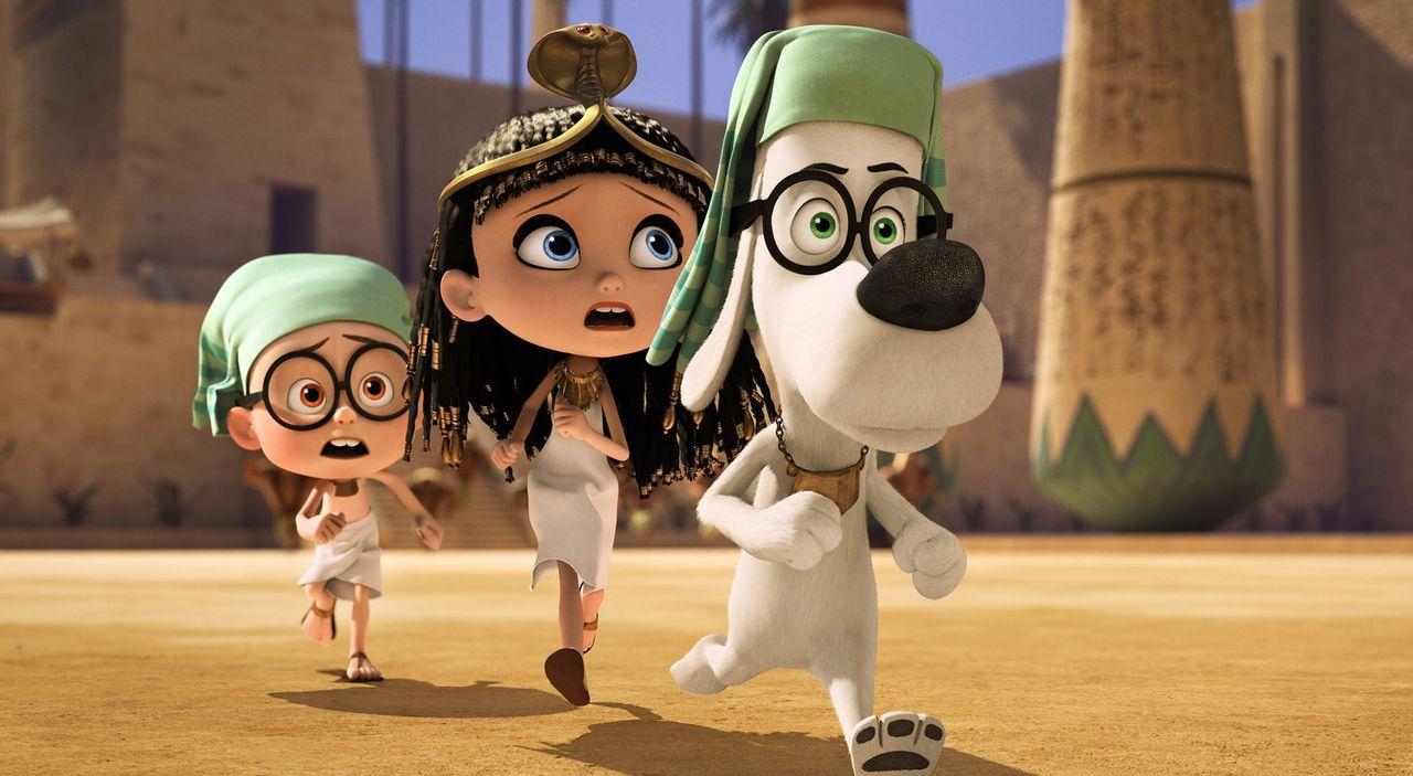 Um seiner Klassenkameradin Penny (M.) zu imponieren, verrät Sherman (l.) ihr von der Zeitmaschine, die sein Adoptivvater Mr. Peabody (r.) erfunden h... - Bildquelle: 2014 DreamWorks Animation, L.L.C.  All rights reserved.