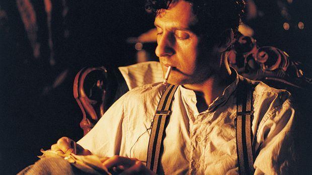 1929: Alexander Lushin (John Turturro), ein exzentrischer, weltfremder und wo...
