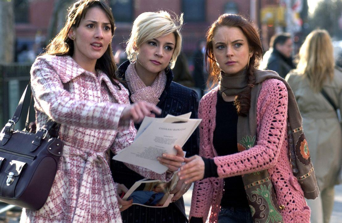 Gemeinsam auf der Suche nach dem Grund von Ashleys (Lindsay Lohan, r.) Pechsträhne: die Freundinnen Dana (Bree Turner, l.) und Maggie (Samaire Arms... - Bildquelle: Epsilon Motion Pictures GmbH