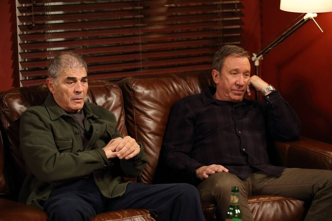 Entgegen seiner Erwartung fällt Mike (Tim Allen, r.) seinem Vater Bud (Robert Forster, l.) in Sachen Erziehungsmethoden in den Rücken ... - Bildquelle: 2013 Twentieth Century Fox Film Corporation. All rights reserved.