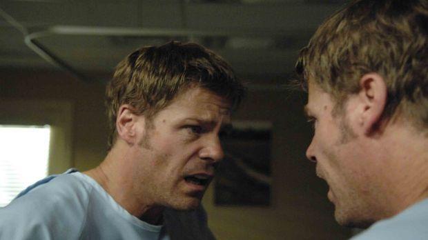 Nachdem Tom (Joel Gretsch) unter rätselhaften Umständen in einem Krankenhaus...
