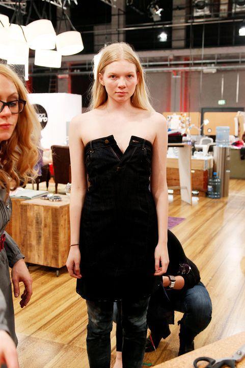 Fashion-Hero-Epi02-Fashionshowdown-08-ProSieben-Richard-Huebner - Bildquelle: ProSieben / Richard Huebner