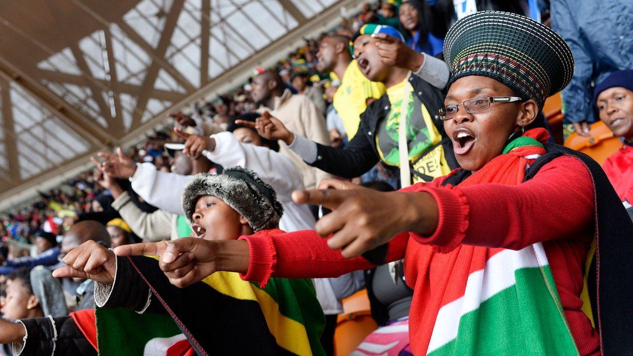 Beerdigung-Nelson-Mandela-13-12-10-03-AFP - Bildquelle: AFP