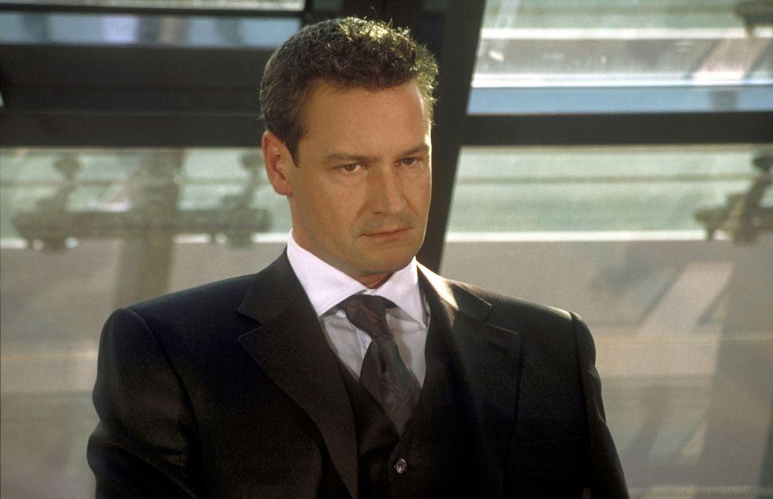 Kai (Stephan Benson) will Mathilda, aber nicht Matze ... - Bildquelle: Gordon Prosieben
