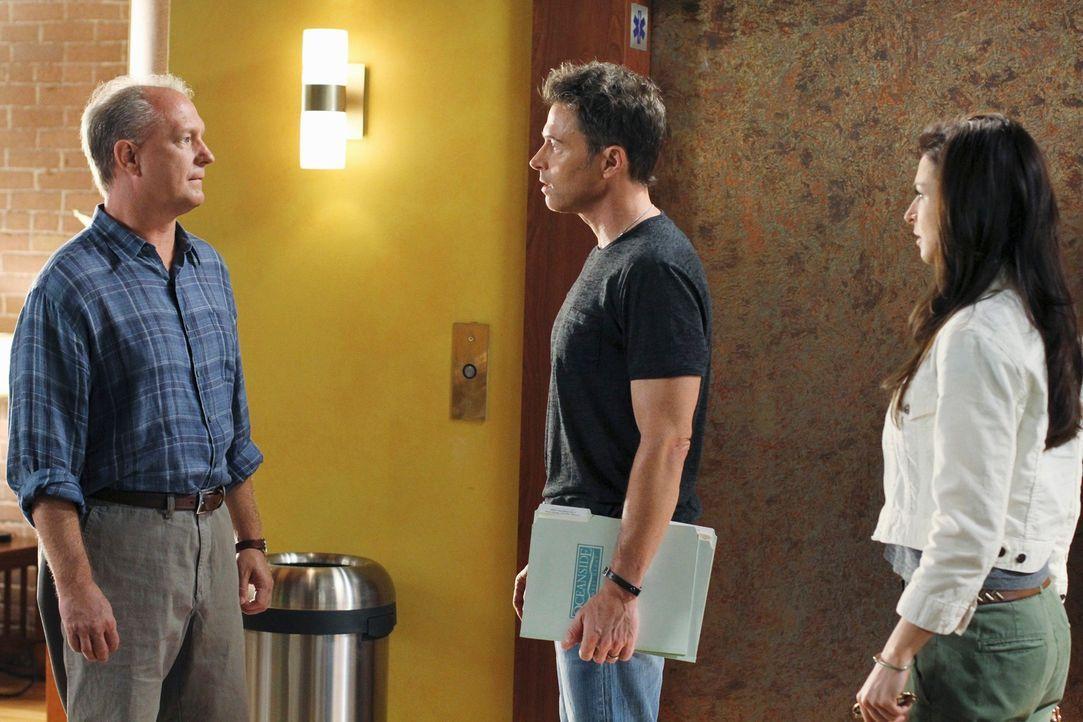 Als Troy (David Grant Wright, l.), der Mann, der für Dells Tod verantwortlich ist, im Oceanside Wellness auftaucht und sich entschuldigen möchte,... - Bildquelle: ABC Studios