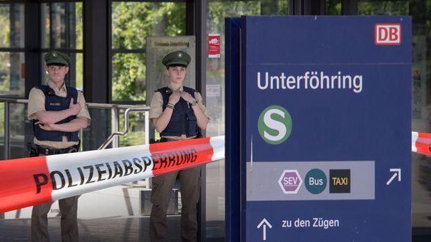 Polizeieinsatz_Unterfoehring_Sbahn