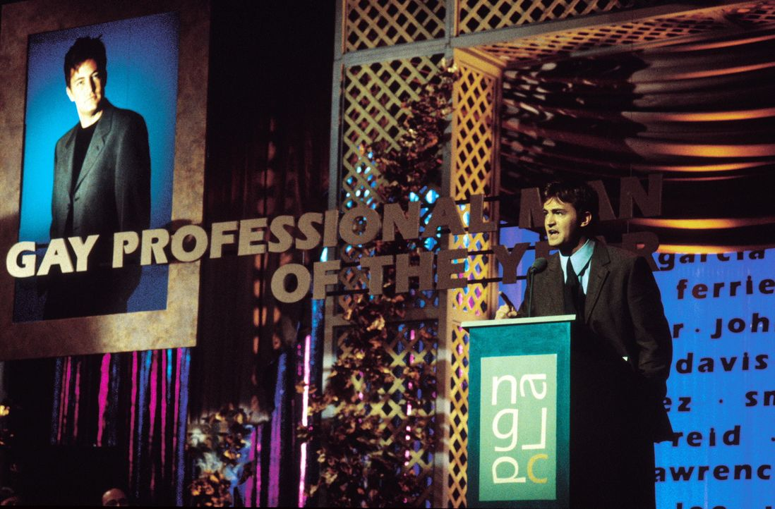 Um seine Teilnahme an dem von Baulöwe Newmann ausgeschriebenen Wettbewerb um ein 90-Millionen-Dollar-Projekt nicht zu gefährden, outet sich der Vo... - Bildquelle: Warner Brothers