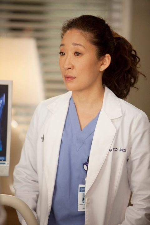 Muss eine Entscheidungen über ihr Leben nach der Facharztausbildung treffen: Cristina (Sandra Oh) ... - Bildquelle: Touchstone Television
