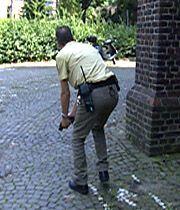 Die Cops nehmen die Verfolgung auf. - Bildquelle: sat1