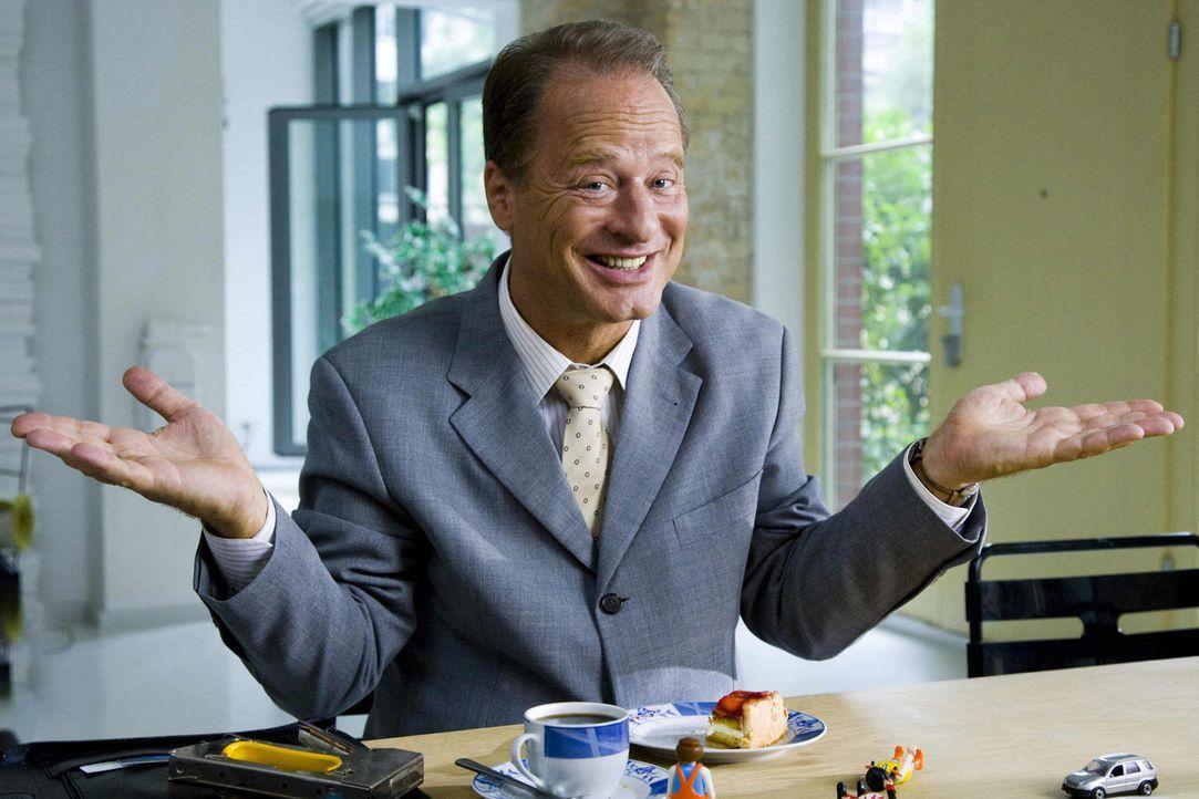 Die Dreisten Drei - jetzt noch dreister mit Gaststar Tom Gerhardt ... - Bildquelle: Richard Hübner SAT.1