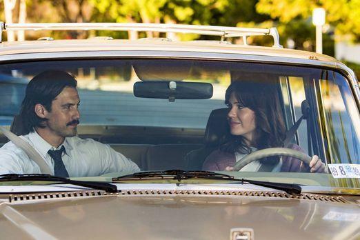 Jack (Milo Ventimiglia, l.) und Rebecca (Mandy Moore, r.) werden in die Schul...