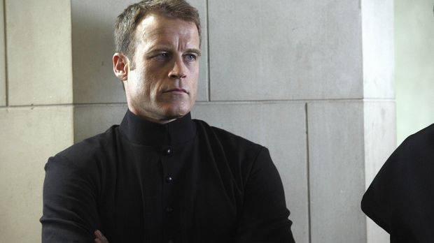 Sein neuer Job, verschlägt Christopher Chance (Mark Valley) ins Kloster ... ©...