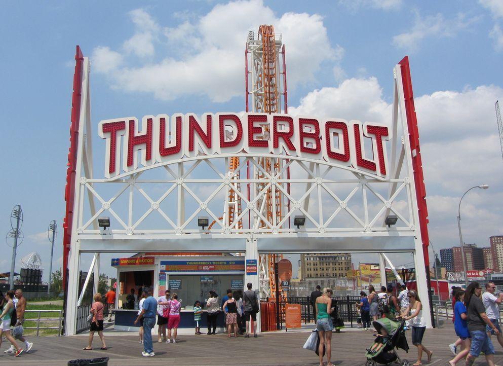 Thunderbolt1