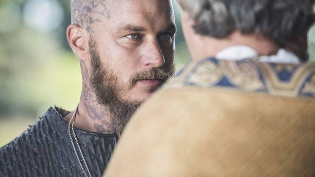 Während Judith in Wessex zu König Ecberts Mätresse wird, bittet Ragnar (Travi...