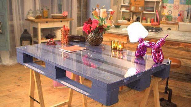 tisch aus palette bauen diy anleitung aus handmade mit enie. Black Bedroom Furniture Sets. Home Design Ideas