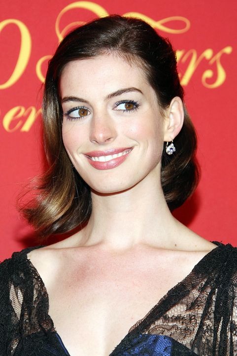 anne-hathaway-09-04-30-2-getty-afpjpg 1300 x 1950 - Bildquelle: getty-AFP