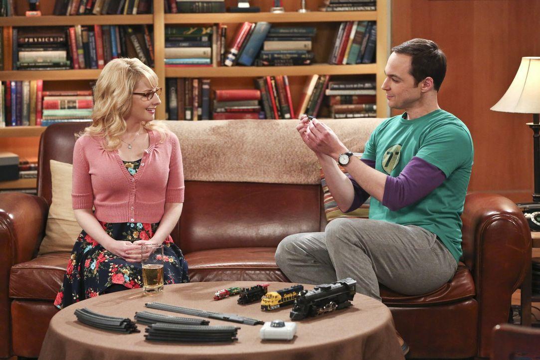 Während Bernadette (Melissa Rauch, l.) und Sheldon (Jim Parsons, r.) Dinge übereinander erfahren, die sie vorher nicht wussten, genießen Leonard, Ra... - Bildquelle: 2016 Warner Brothers