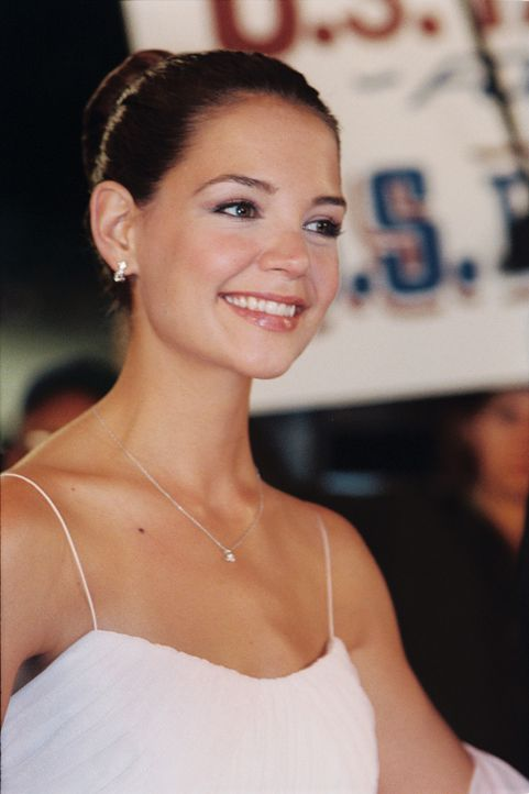 Samantha (Katie Holmes) ist die Tochter des amerikanischen Präsidenten. Sie wird Tag und Nacht bewacht, ihre ständigen Begleiter sind Secret Servi... - Bildquelle: Epsilon Motion Pictures GmbH