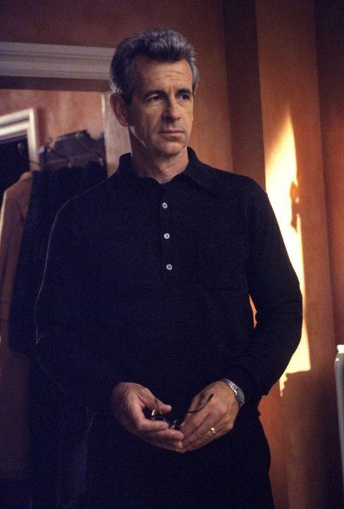 Als herauskommt, wer George (James Naughton) wirklich ist, kommt es plötzlich zu einem Eklat ... - Bildquelle: 1999 Twentieth Century Fox Film Corporation. All rights reserved.