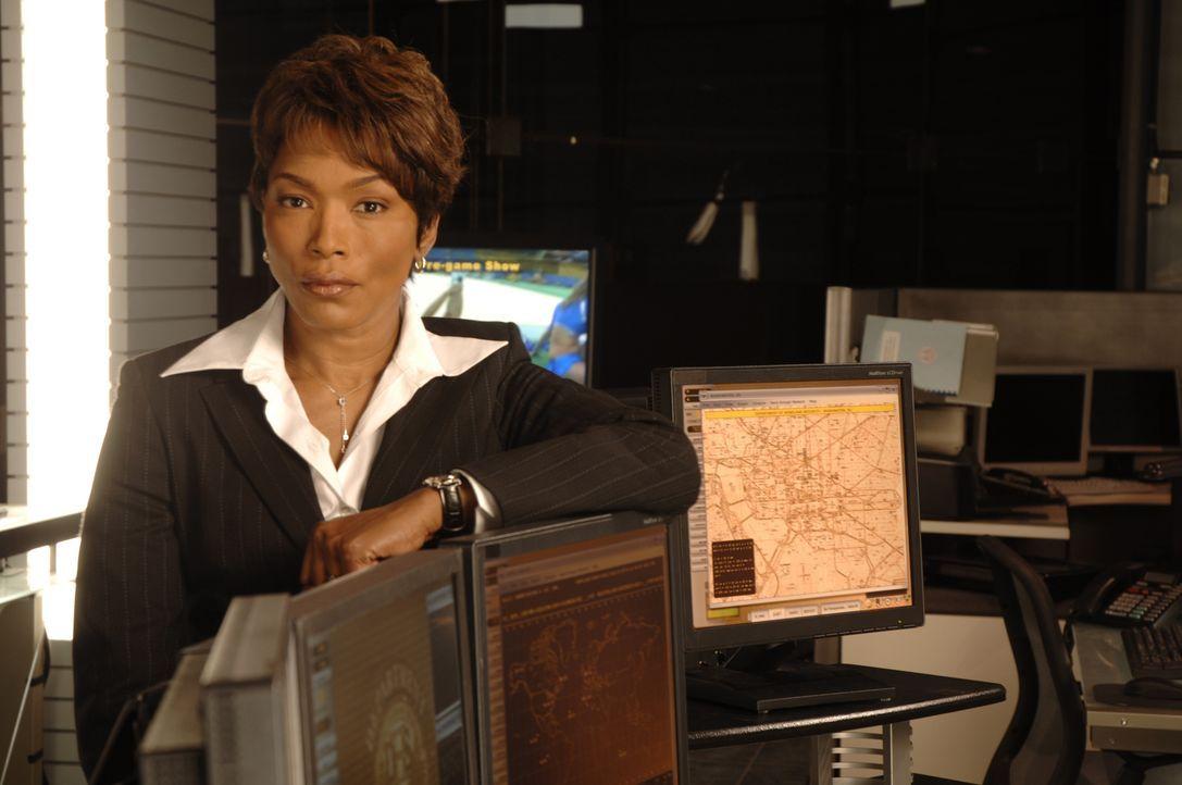 Mike Bookmans Vorgesetzte Jill Greco (Angela Bassett) hat eine schreckliche Nachricht für ihn ... - Bildquelle: CBS International Television