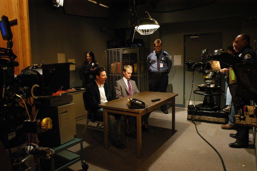 Bei den Dreharbeiten ... - Bildquelle: 20th Century Fox International Television