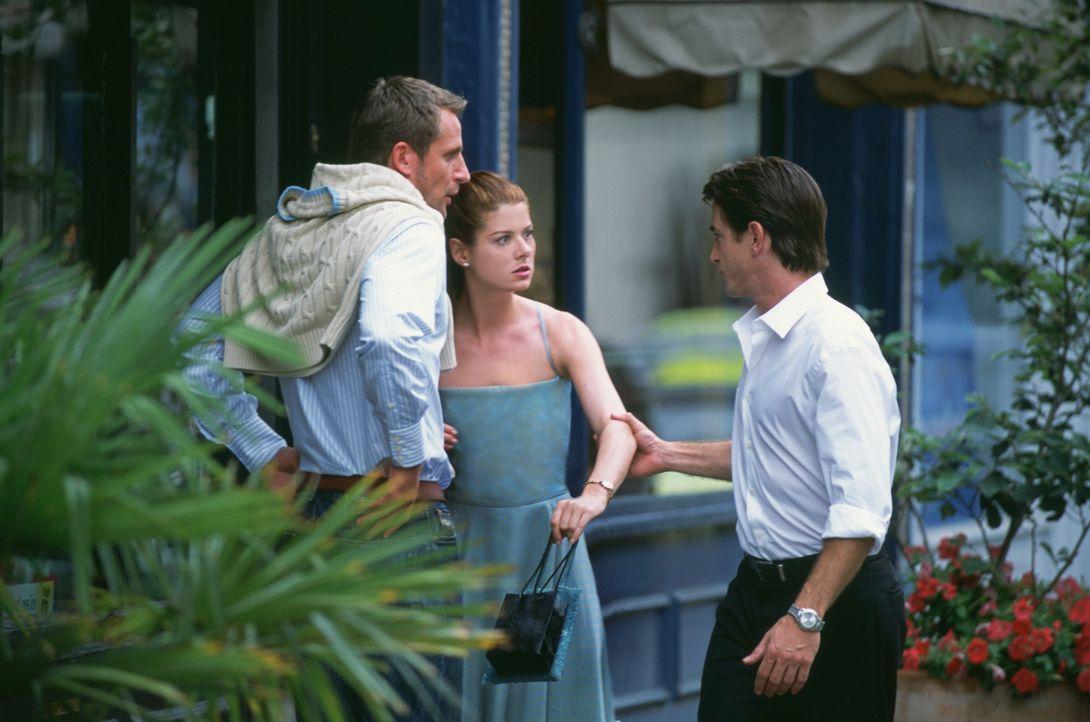 Mit dem attraktiven Nick (Dermot Mulroney, r.) möchte Kat (Debra Messing, M.) ihren Ex Jeffrey (Jeremy Sheffield, M.) eifersüchtig machen. Was kei... - Bildquelle: Gold Circle Films