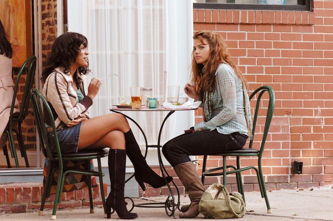 Finden ihr Glück: Nora (Jenna Dewan, r.) und ihre beste Freundin Lucy (Drew Sidora) ... - Bildquelle: Constantin Film