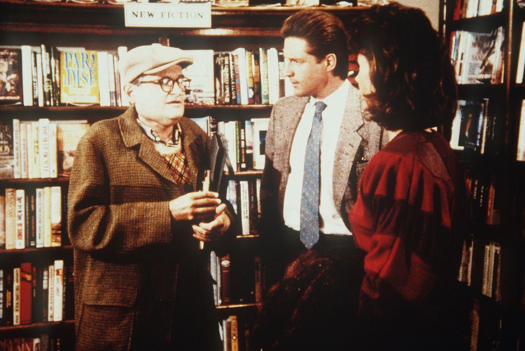 Lee (Bruce Boxleitner, M.) und Amanda (Kate Jackson, r.) ahnen nicht, dass T. P. (Raleigh Bond, l.) sein Leben dafür opfern will, um einen Drogenhän...